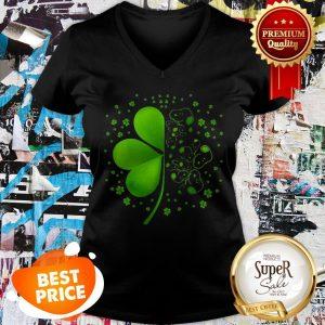 Nice Snoopy Shamrock St. Patrick's Day V-neck
